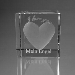 """""""I love you"""" im Glaswürfel mit Text"""