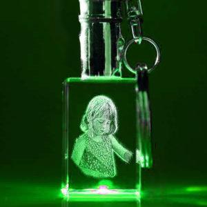 Laser Foto im Schlüsselanhänger mit grüner LED